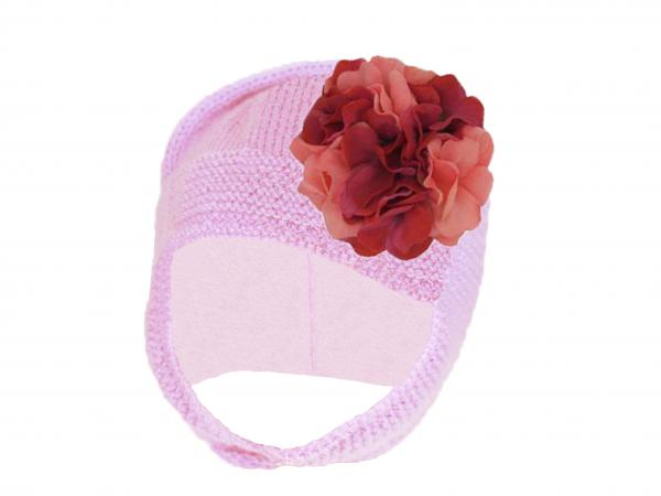 Pale Pink Blossom Bonnet with Pink Raspberry Large Geraniums