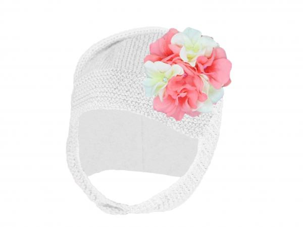 White Blossom Bonnet with Pink White Large Geraniums