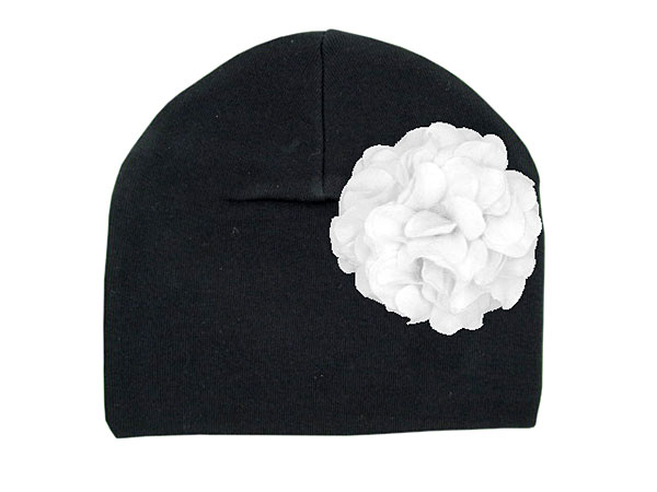 Black Cotton Hat with White Large Geraniums