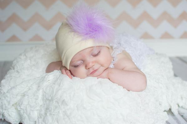 Cream Cotton Hat with Lavender Large regular Marabou