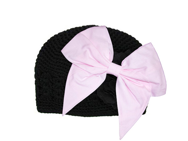 Black Crochet Hat with Pale Pink Bow-Rae-Mi