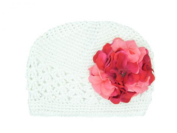 White Crochet Hat with Pink Raspberry Large Geraniums