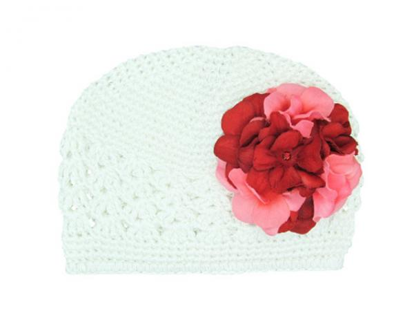 White Crochet Hat with Red Pink Large Geraniums