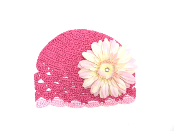 Raspberry Scalloped Crochet Hat with Pale Pink Daisy