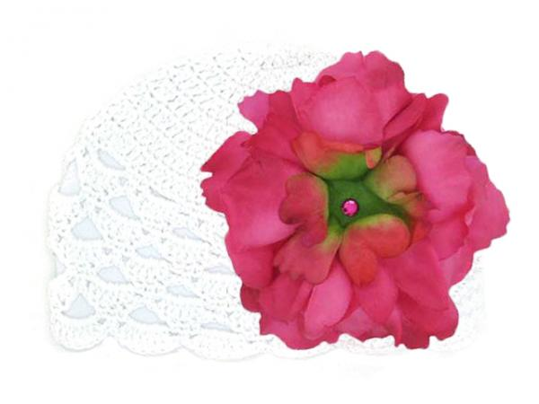 White Scalloped Crochet Hat with Raspberry Large Peony