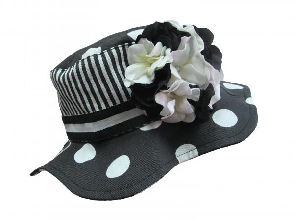 Black White Dot Sun Hat with Black White Large Geraniums