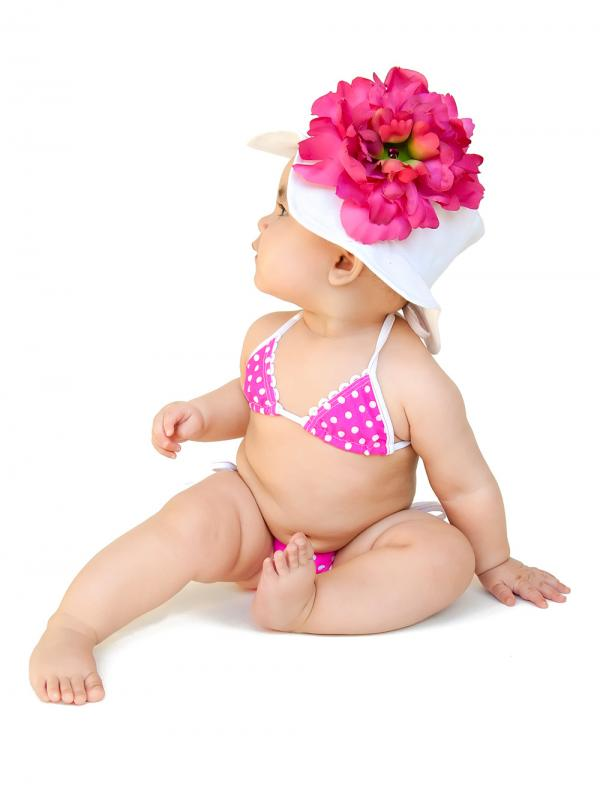 White Sun Hat with Raspberry Large Peony
