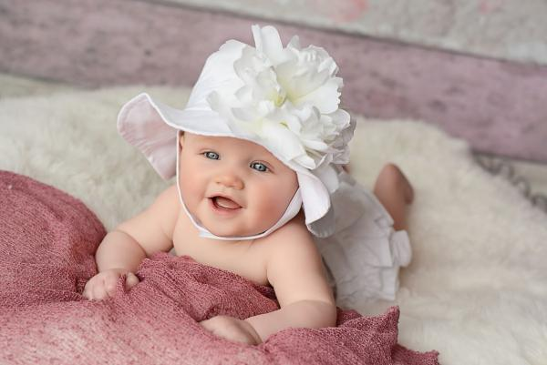 White Sun Hat with White Large Peony