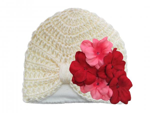 Cream Tiny Turban with Red Pink Small Geraniums