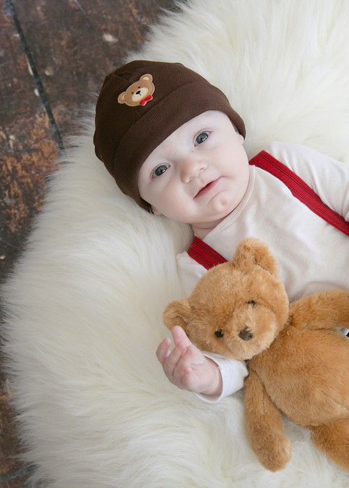 Brown Applique Hat with Brown Bear