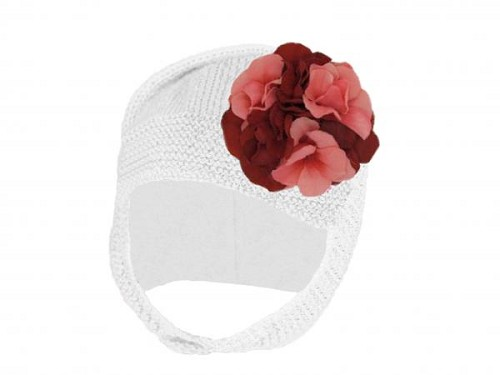 White Blossom Bonnet with Red Pink Large Geraniums
