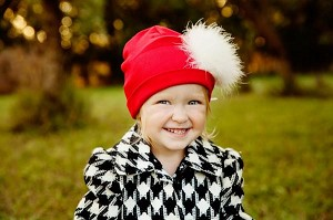 Red Cotton Hat with White Large regular Marabou