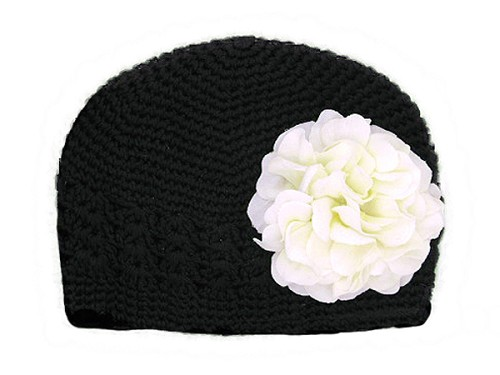 Black Crochet Hat with White Large Geraniums