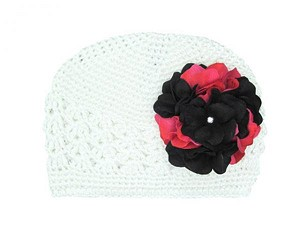 White Crochet Hat with Black Raspberry Large Geraniums