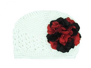 White Crochet Hat with Black Red Large Geraniums