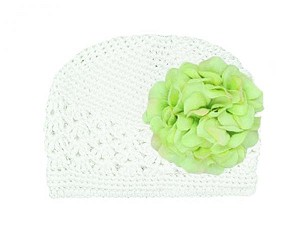 White Crochet Hat with Green Large Geraniums
