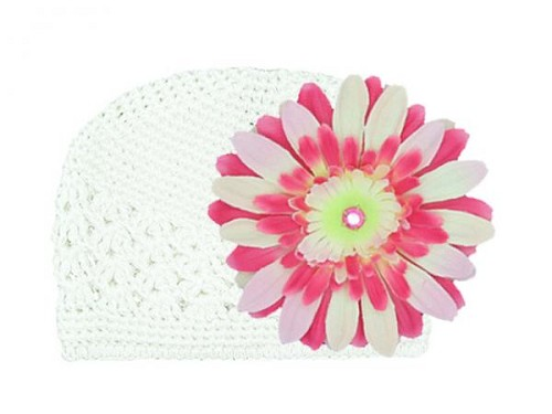 White Crochet Hat with Pink Raspberry Daisy