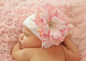 White Crochet Hat with Pink White Large Peony