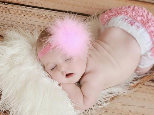 Candy Pink Flowerette Burst with Candy Pink Small Regular Marabou