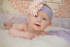 Lavender Soft Headband with Pale Pink Daisy