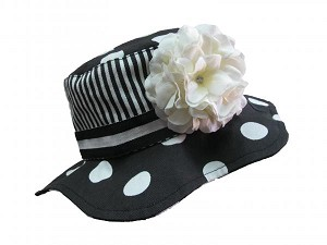 Black White Dot Sun Hat with White Large Geraniums