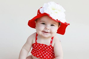 Red Dot Sun Hat with White Large Peony