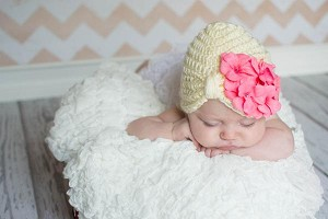 Cream Tiny Turban with Candy Pink Small Geraniums