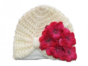 Cream Tiny Turban with Raspberry Small Geraniums