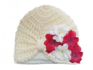 Cream Tiny Turban with White Raspberry Small Geraniums